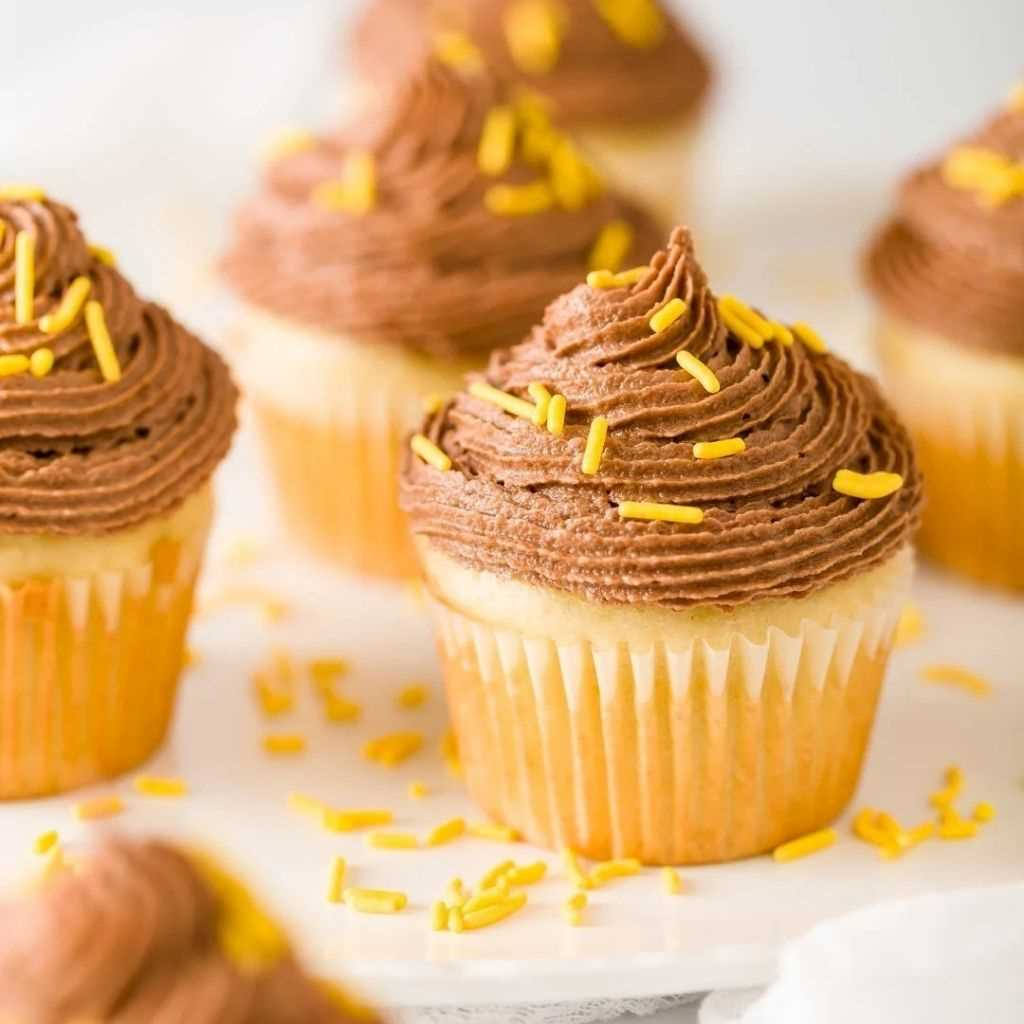 Chocolate Banana Frosting With Peanut Butter
